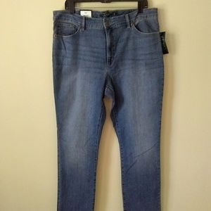 NWT Ralph Lauren Slimming Fit Jeans Size 16 W 32 L